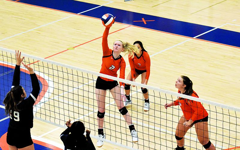 Lady Raider volleyball rolling into region play